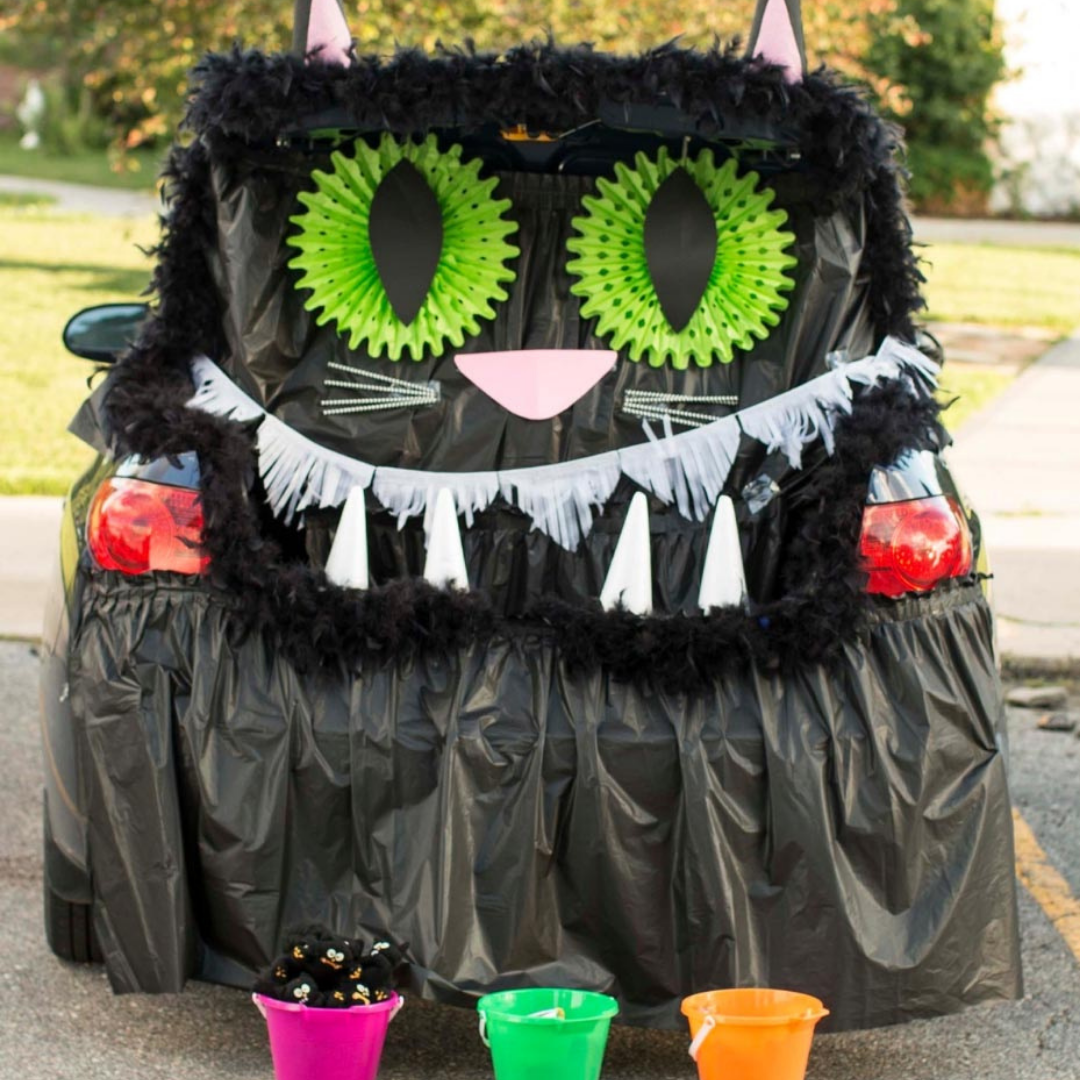 Photo of a Trunk or Treat trunk